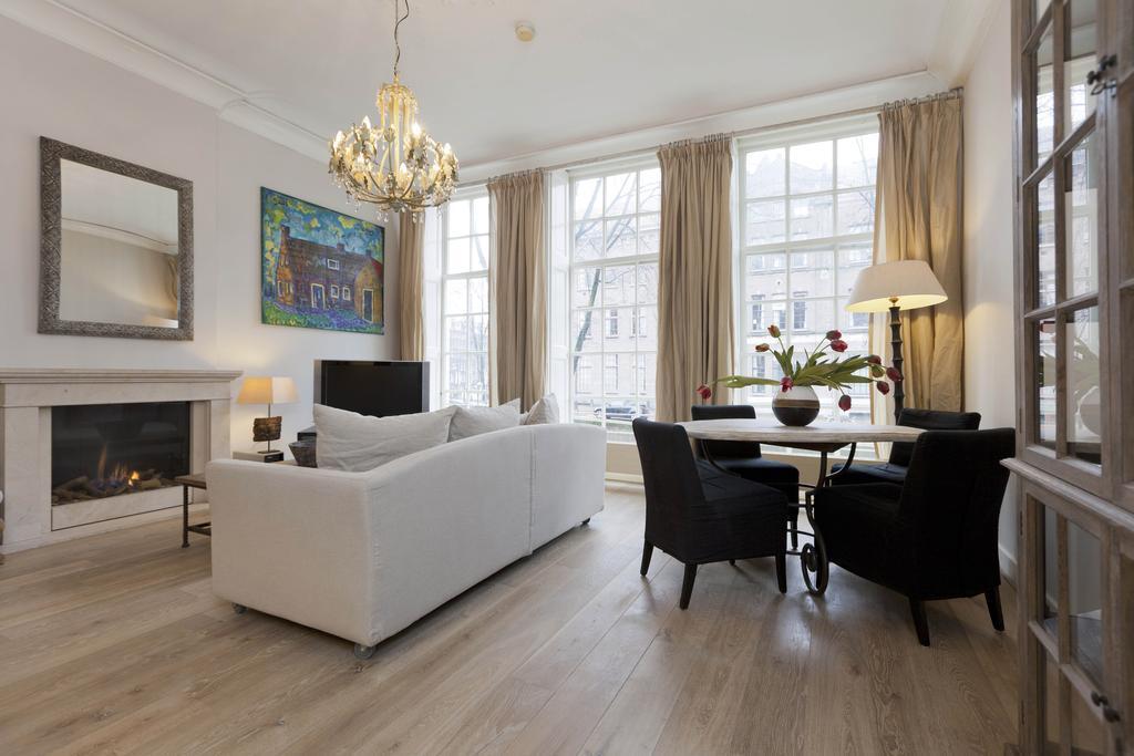 cool open-plan living room of Amsterdam - Apartment Lex B luxury apartment