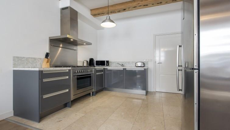 cool Amsterdam - Robin Apartment luxury home and vacation rental