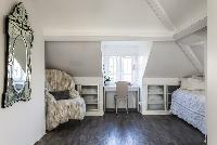 well-appointed London Netherhall Gardens luxury apartment