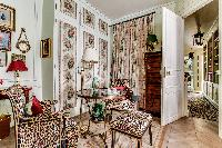 3-bedroom Paris luxury apartment on the 2nd French floor of a private brownstone building with lift