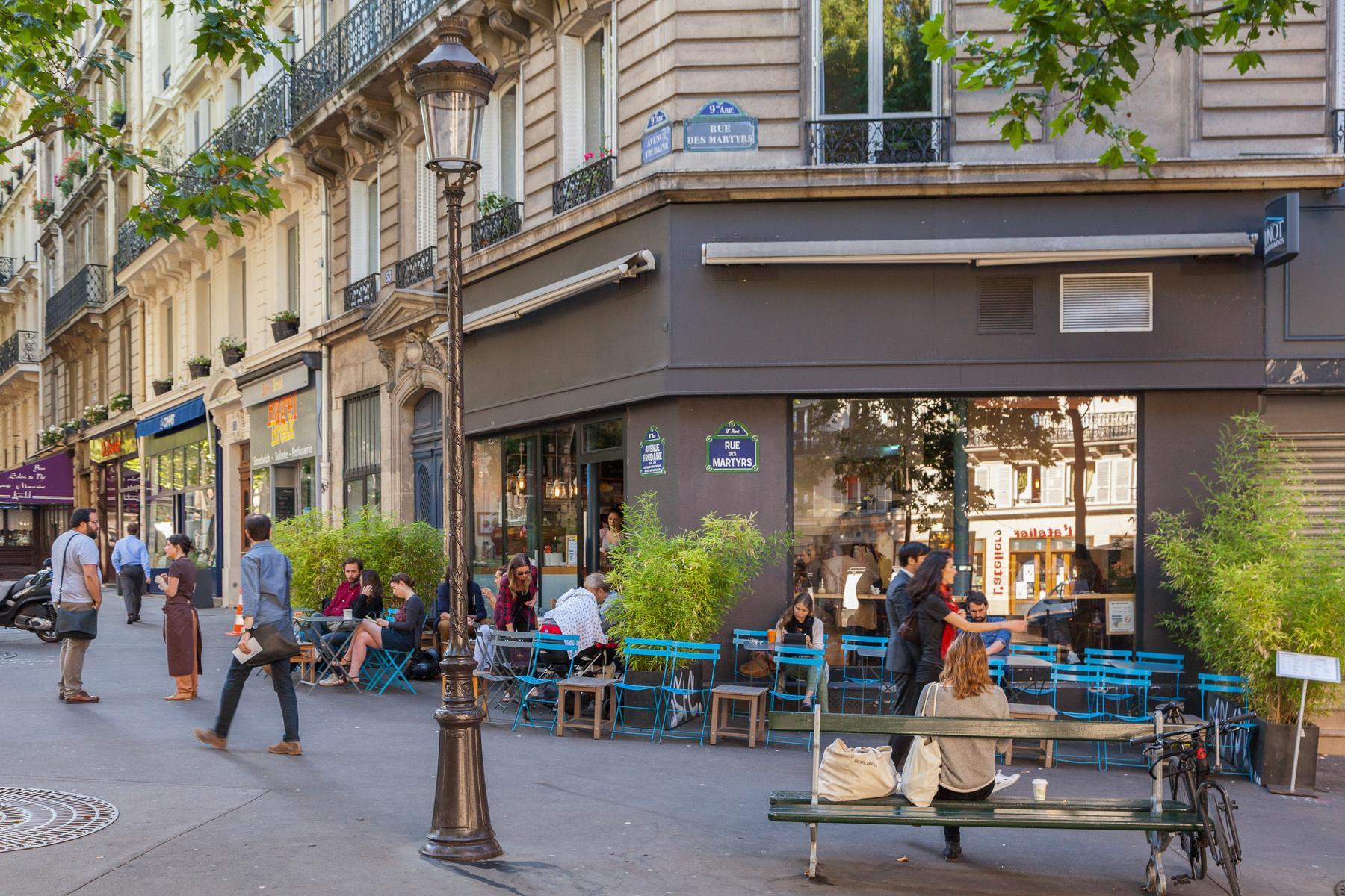 Paris Rue De Chantilly