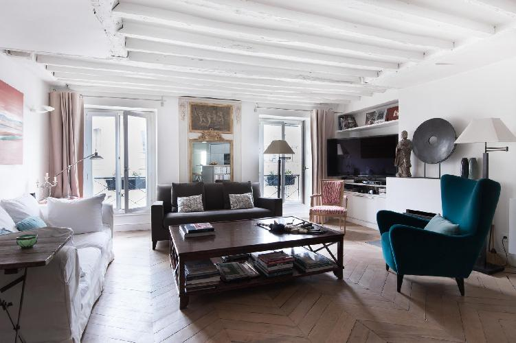 chic 3-bedroom Paris luxury apartment with timbered roots