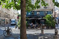 Le Hibou nearby restaurant from Paris luxury apartment