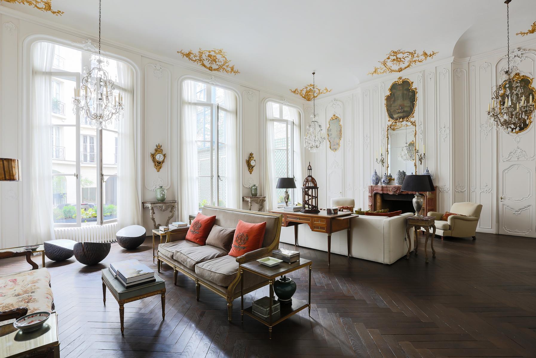 Paris - Rue de Varenne III