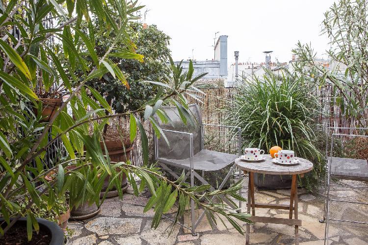 beautiful terrace of Paris - Rue des Petits Carreaux luxury apartment
