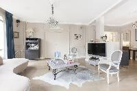 elegant Paris - Rue Scheffer luxury apartment