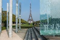 Eiffel tower nearby a Paris luxury apartment