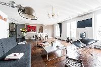 monochrome Parisian Apartment for 6 close to the Louvre Museum