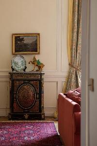 nice decorative pieces in Paris - Rue Scheffer II luxury apartment