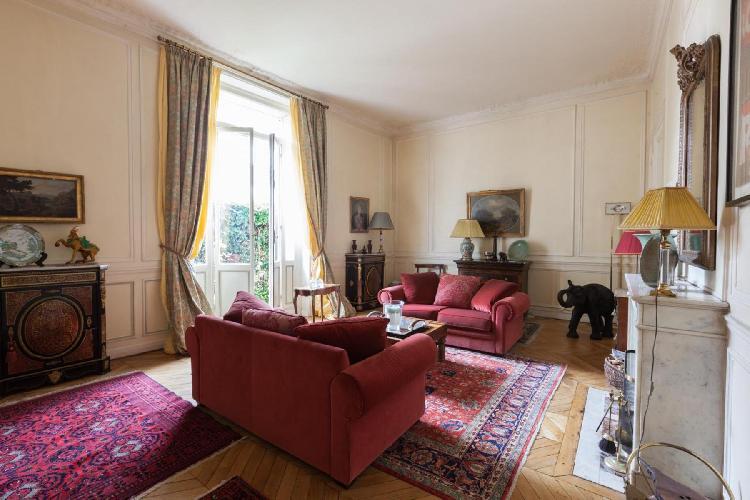 chic Paris - Rue Scheffer II luxury apartment and vacation roental