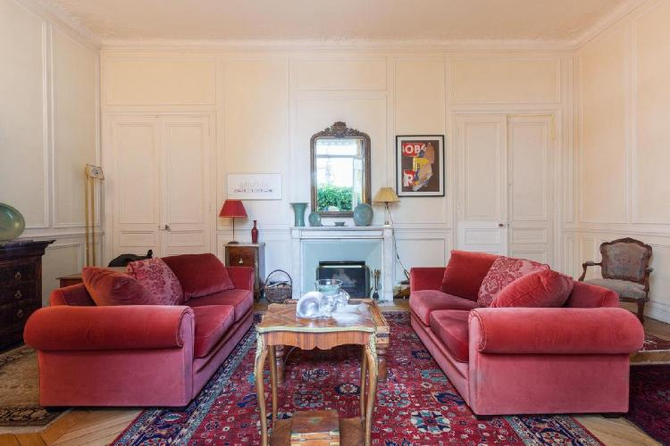 charming Paris - Rue Scheffer II luxury apartment and holiday home