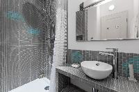 neat and fresh bathroom in Paris - Rue Jean-Pierre Timbaud luxury apartment