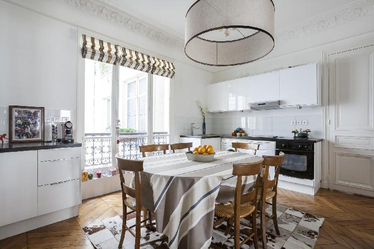 delightful dining area and kitchen in Paris - Rue de Thann luxury apartment