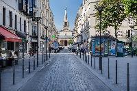 street in Paris close to Parisian Apartment
