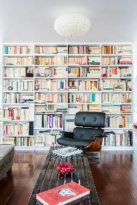 cool corner in Paris - Rue Montorgueil luxury apartment