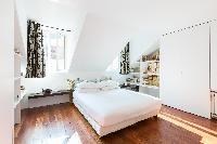 lovely bedroom in Paris - Rue Montorgueil luxury apartment