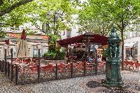 awesome places to hang out near Paris - Square Alboni luxury apartment