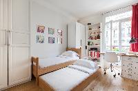 cool children's bedroom in Paris - Square Alboni luxury apartment