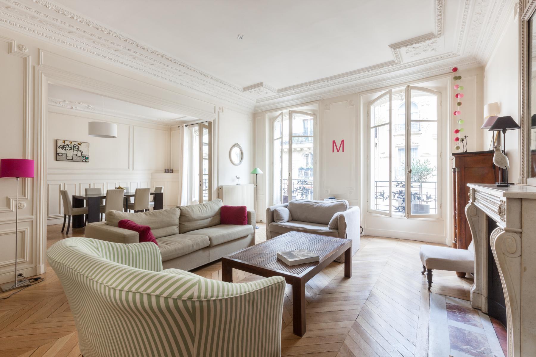 Paris - Rue José-Maria de Heredia