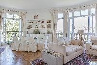 a charming 2-bedroom Paris luxury apartment overlooking the Eiffel Tower from its tall windows