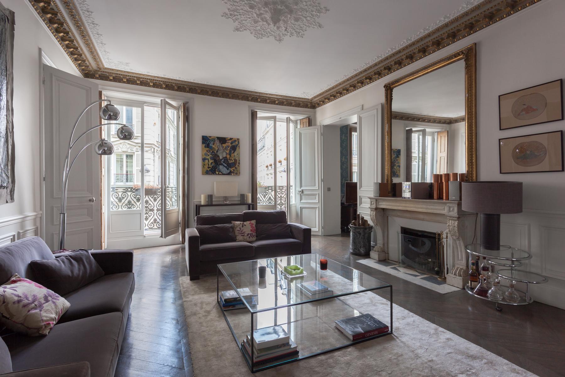 Paris - Rue de Clichy II
