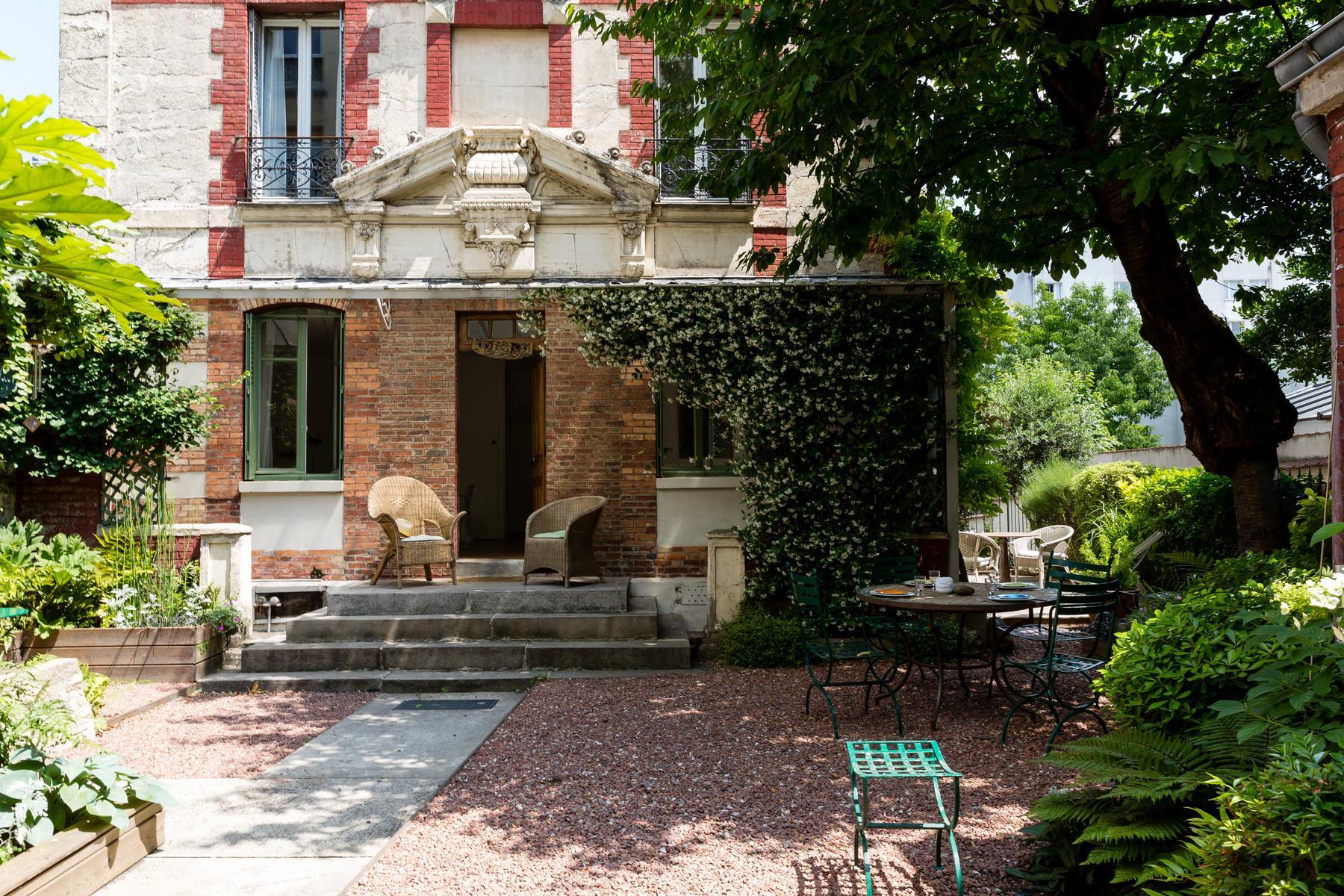 Paris - Rue de Patay Townhouse II