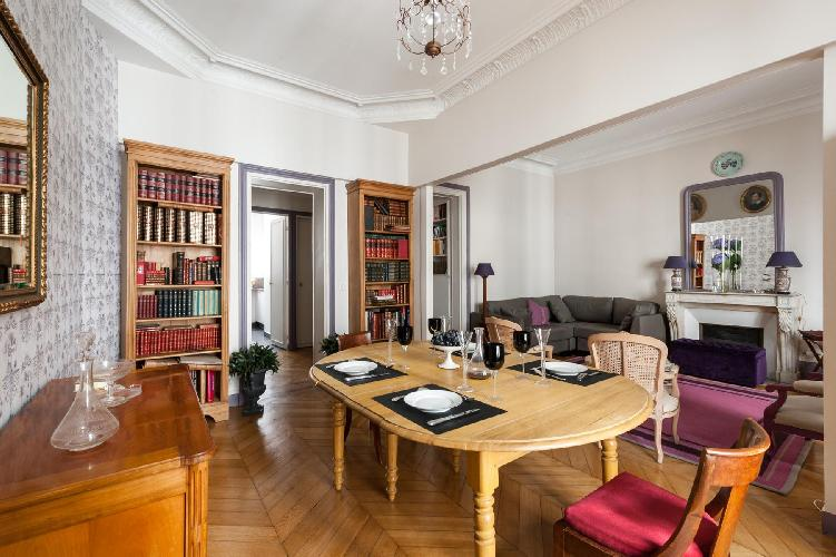 beautiful Paris - Rue Saint-Placide luxury apartment and holiday home