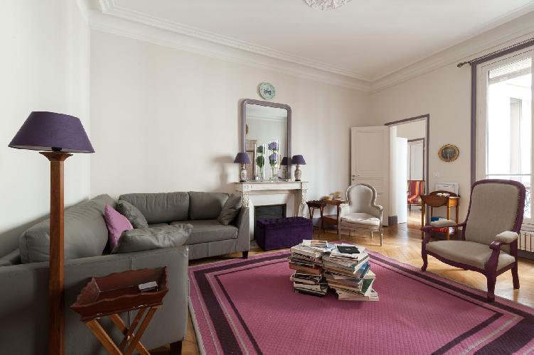 charming Paris - Rue Saint-Placide luxury apartment