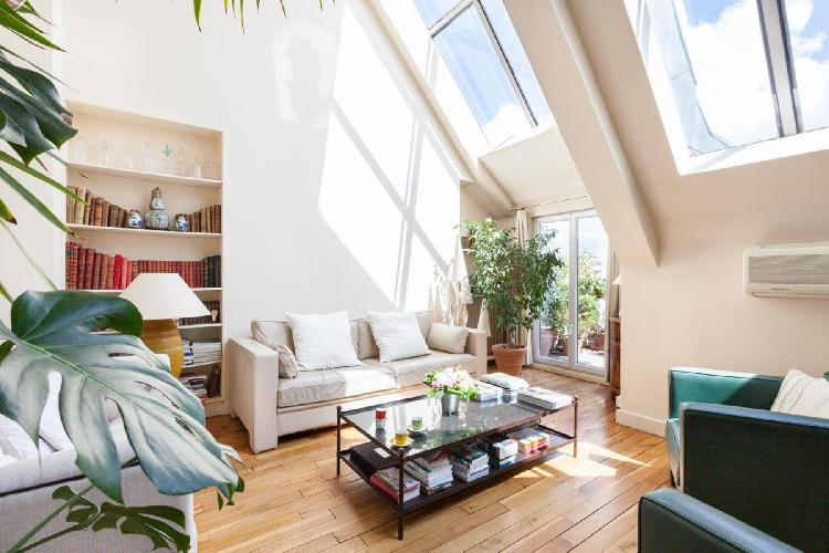 awesome Paris - Rue Jean Daudin luxury apartment and vacation rental