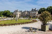 awesome parks near Paris - Rue Notre-Dame-des-Champs II luxury apartment