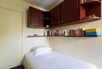 clean and crisp bedroom linens in Paris - Rue Notre-Dame-des-Champs II luxury apartment
