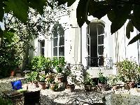 awesome patio and garden of Paris - Rue du Faubourg Poissonnière IV luxury apartment