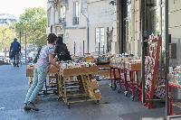 delightful shops near Paris - Rue du Faubourg Poissonnière IV luxury apartment
