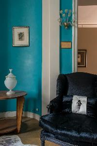 nice furnishings in Paris - Rue du Faubourg Poissonnière IV luxury apartment