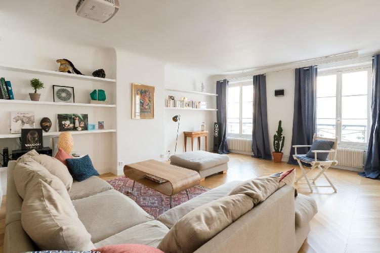 breezy and bright Paris - Rue du Faubourg Saint-Denis II luxury apartment