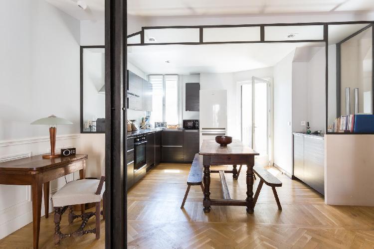 charming and chic Paris - Rue Saint-Romain II luxury apartment