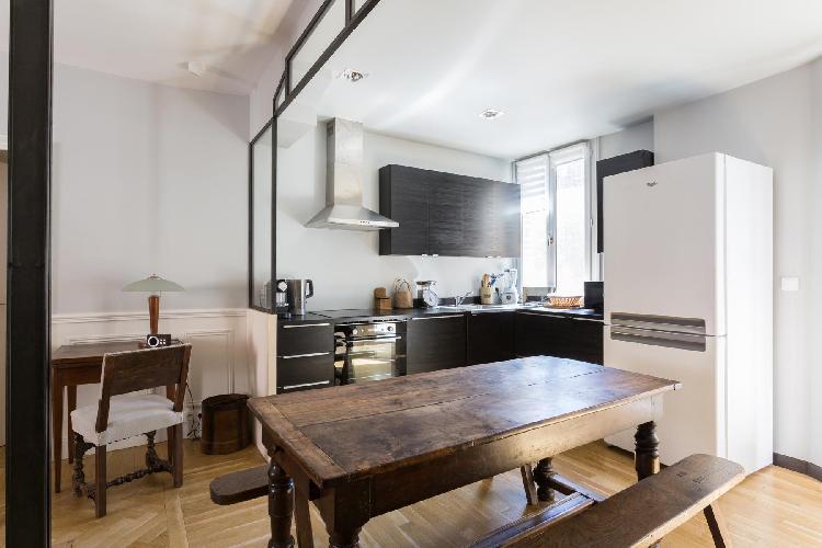 fully furnished Paris - Rue Saint-Romain II luxury apartment