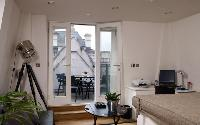 awesome London Palace View luxury apartment