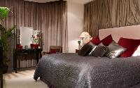 beautiful bedroom in London Palace View luxury apartment
