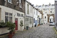 charming neighborhood of London Ensor Mews luxury apartment near South Kensington and Gloucester Roa