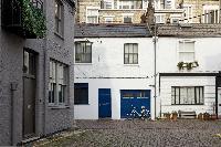 nice neighborhood of London Ensor Mews luxury apartment near gloucester Road and South Kensington tu