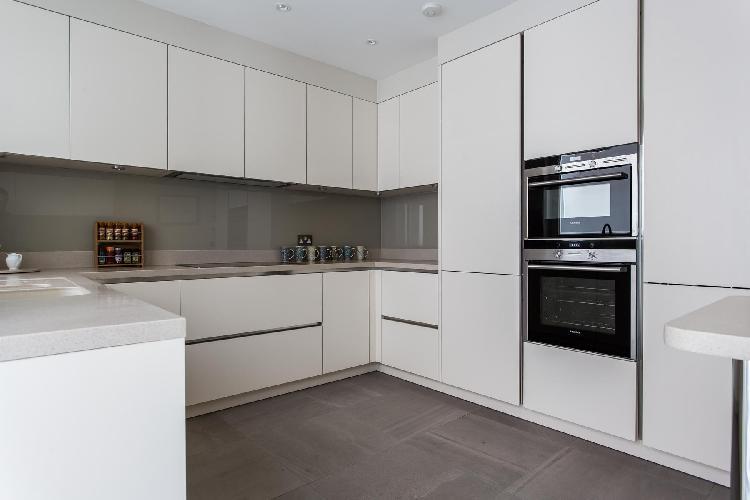 modern kitchen appliances in London Thurloe Place Mews luxury apartment