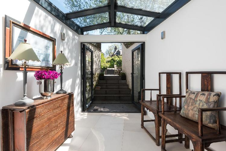 awesome London Kennington Road luxury apartment and holiday home
