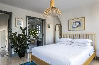 nifty bedroom of London Albion Road luxury apartment