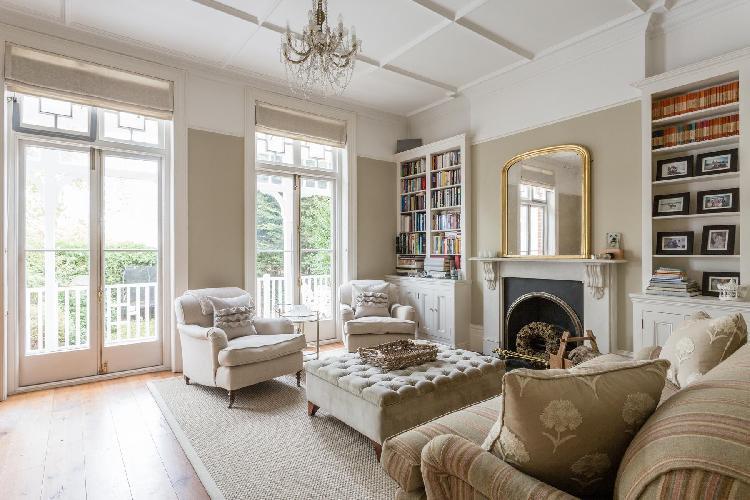 nifty London Old Palace Lane luxury apartment