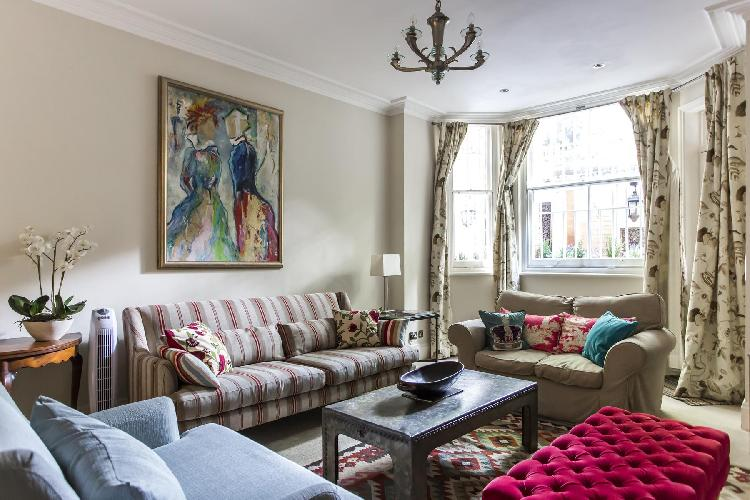 exquisite London Sloane Gardens luxury apartment and holiday home