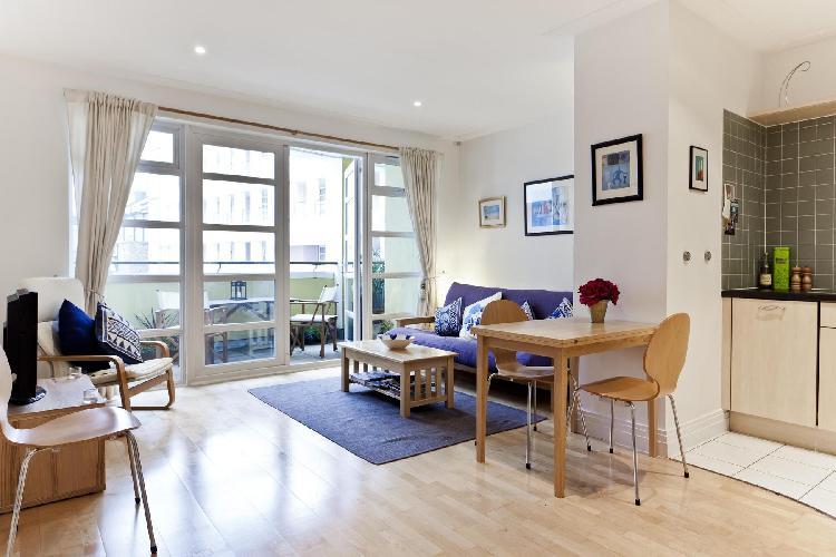 beautiful North London Drayton Park luxury apartment and holiday home near Arsenal tube station