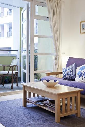 charming and cheery London Drayton Park luxury apartment near Arsenal tube station