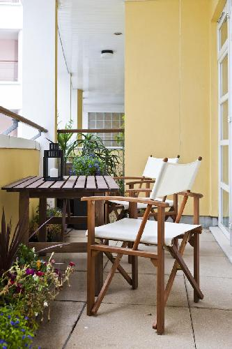 cool furnished balcony of London Drayton Park luxury apartment