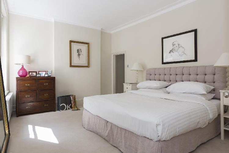 cozy and comfortable bedroom in London Cranbourne Court luxury apartment